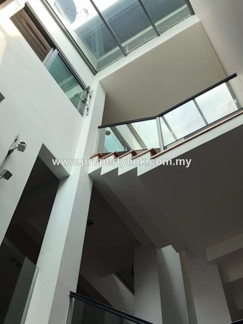 2-Storey Semi-D House at Bangsar, Kuala Lumpur, Malaysia, For Sale 出售
