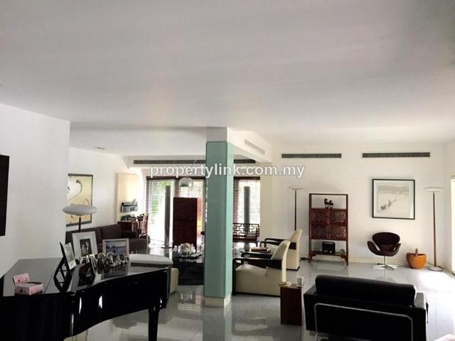 Bukit Pantai Bungalow, Pantai, Kuala Lumpur, Malaysia, for Sale 出售